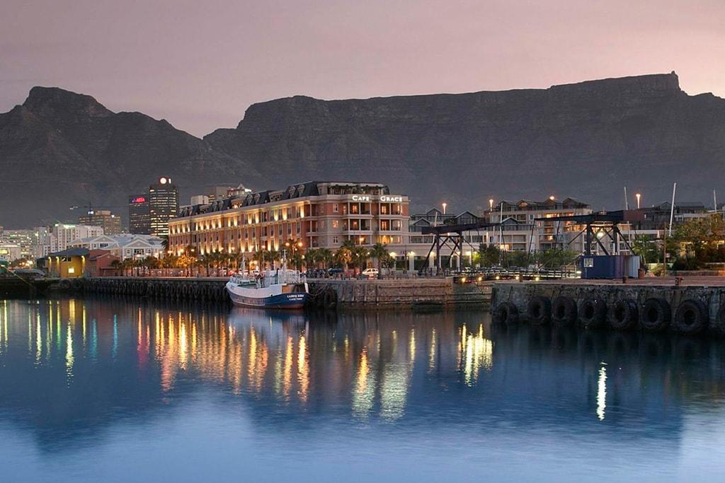 Hotel Cape Grace desde el puerto