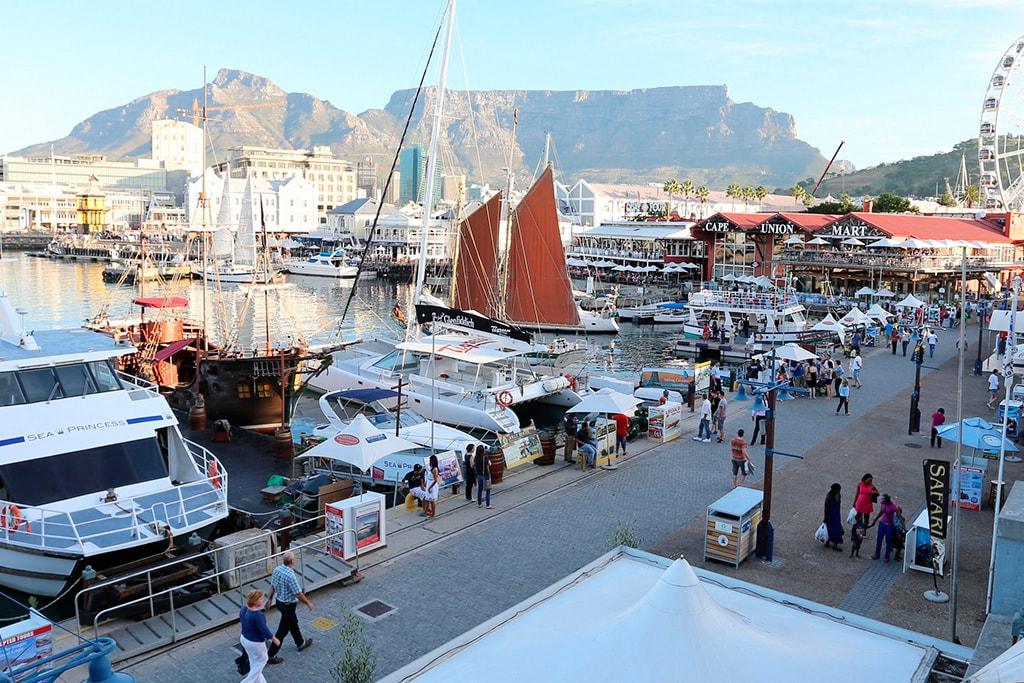 Waterfront de día en Cape Town