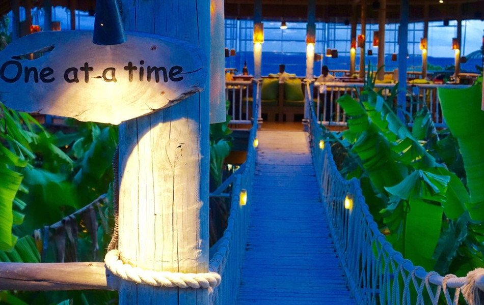 six senses laamu resort de lujo en Maldiva
