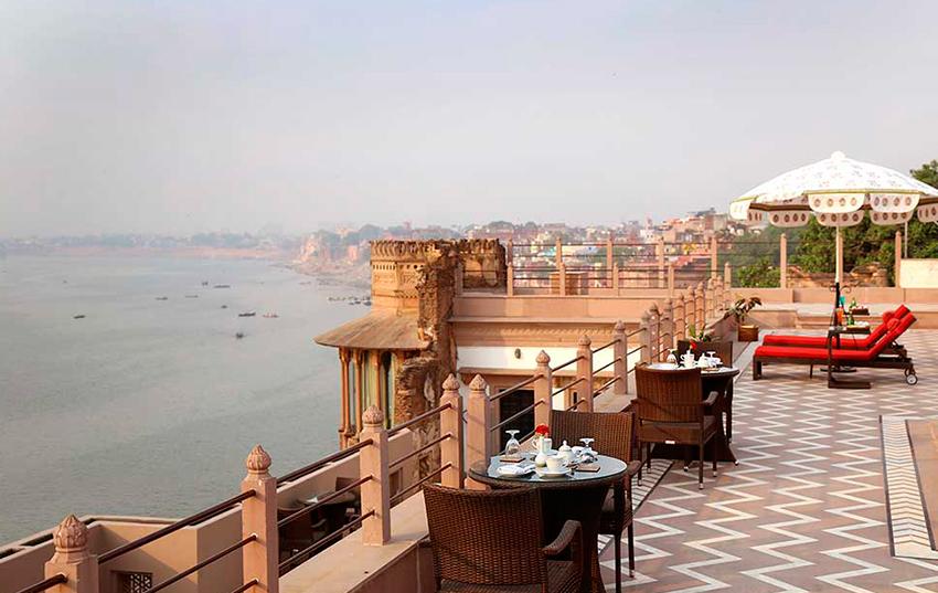 Hotel Brijrama terraza