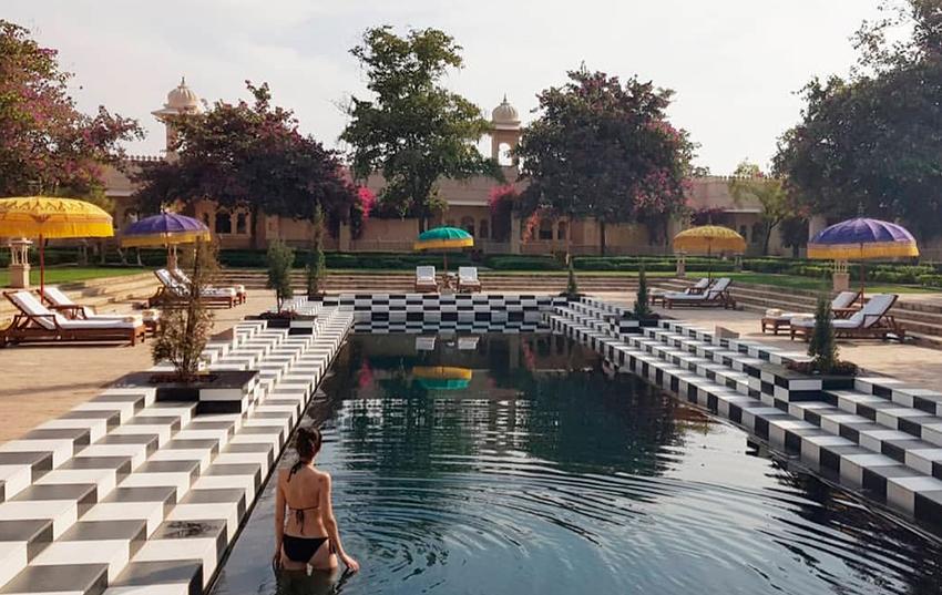 Hotel Oberoi Udaivilas piscina y jardin