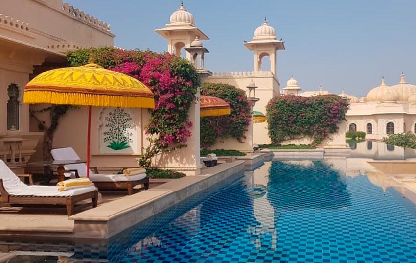 Hotel Oberoi Udaivilas piscinas