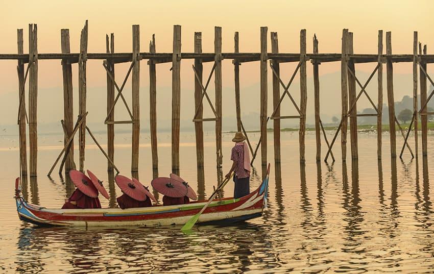 Myanmar paseo en barca de novios