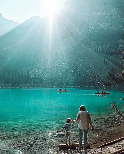 familia en lago norteamerica