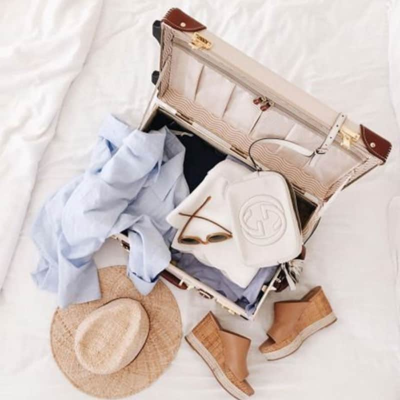 equipaje para viaje de lujo