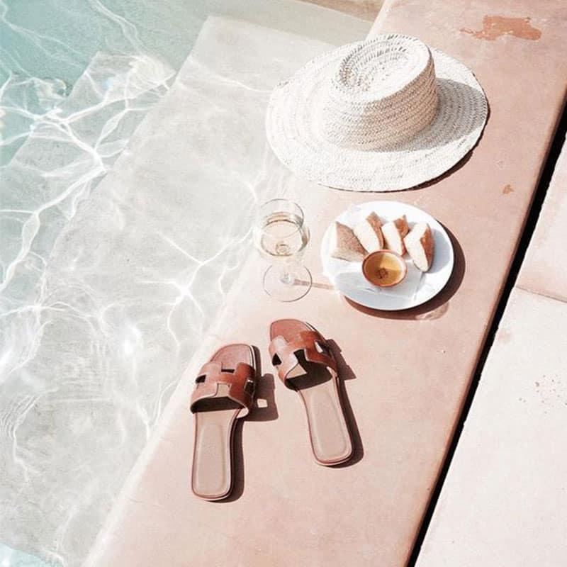 piscina en resort de lujo
