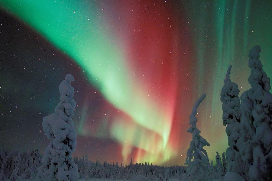 Destino las auroras boreales de Laponia