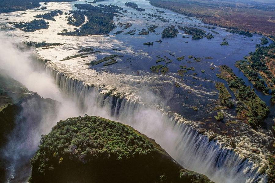 Botswana destino viajes de lujo.Cataratas Victoria
